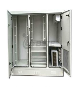 2200×1100×2200mm Three Compartments Energy Saving Communication Cabinet With 2500W Split Air Conditioner