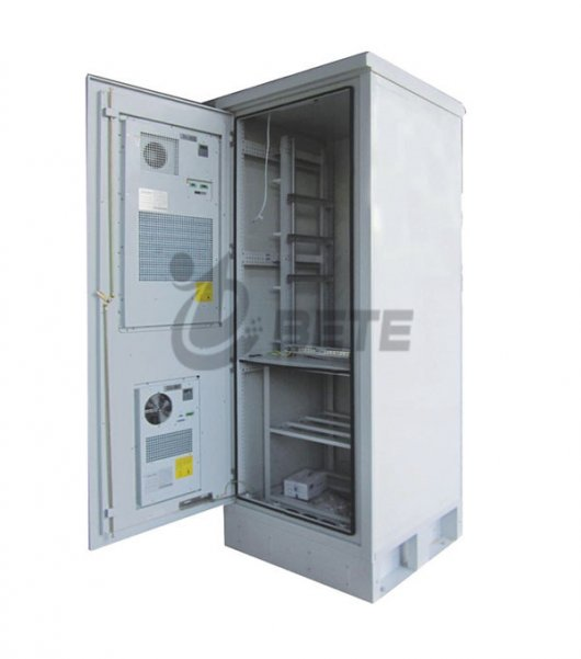 IP55-Galvanized-Steel-Air-Conditioner-Cooling-Cabinet-Outdoor-Telecom-Enclosure-Including-19-Inch-Rack-And-Battery-Shelves-2