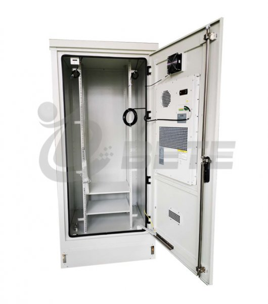 Outdoor Electrical Enclosure Air Conditioning Telecommunication Base Station Cabinet
