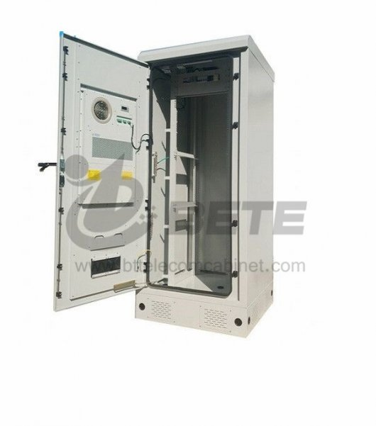 Outdoor Telecommunications Housing IP55 Cabinet 800W Cabinet cooling