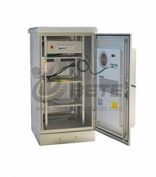 Outdoor Wall Mounted Cabinet Galvanized Steel Server Rack Cabinet 27U