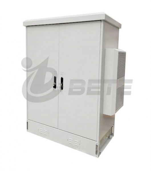 Integrated outdoor server cabinet